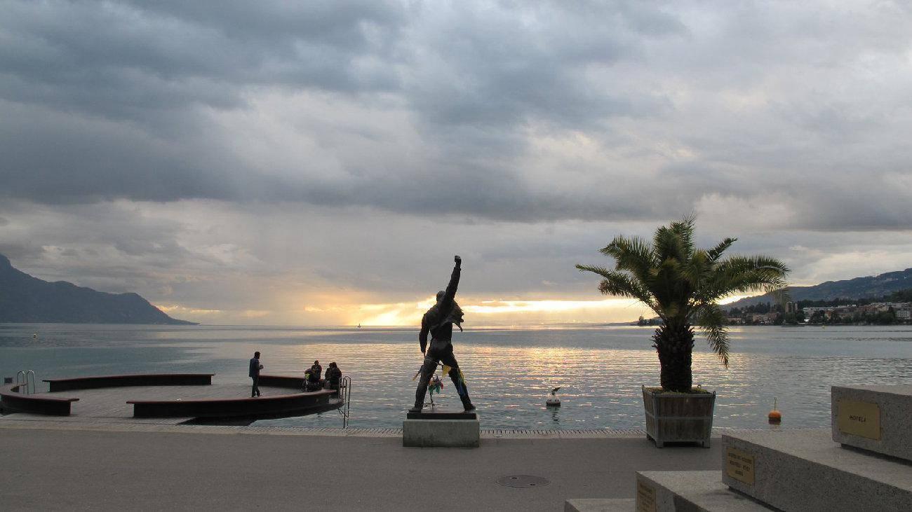 Montreux Et Ch U00e2teau De Chillon